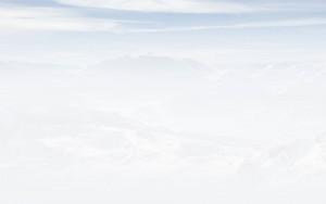 home_ski_bg